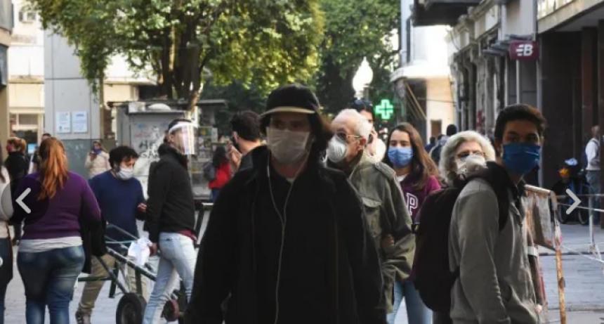 Los rosarinos salieron a la calle con la reapertura de comercios en medio del coronavirus
