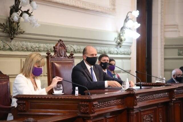 La gestión sanitaria, el crecimiento económico y la lucha contra la inseguridad, ejes del discurso de Perotti