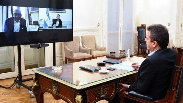 Legisladores de EE.UU. piden al FMI que suspenda el cobro de la deuda argentina
