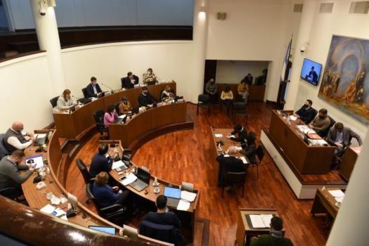 El Concejo Municipal endureció las multas para quienes hagan fiestas clandestinas