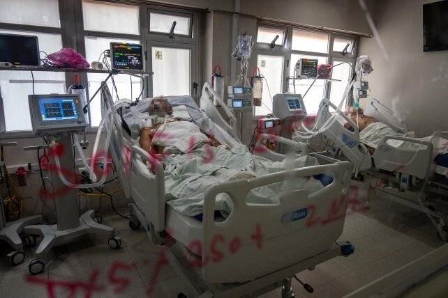 Colapso sanitario: médicos proponen volver a una fase estricta