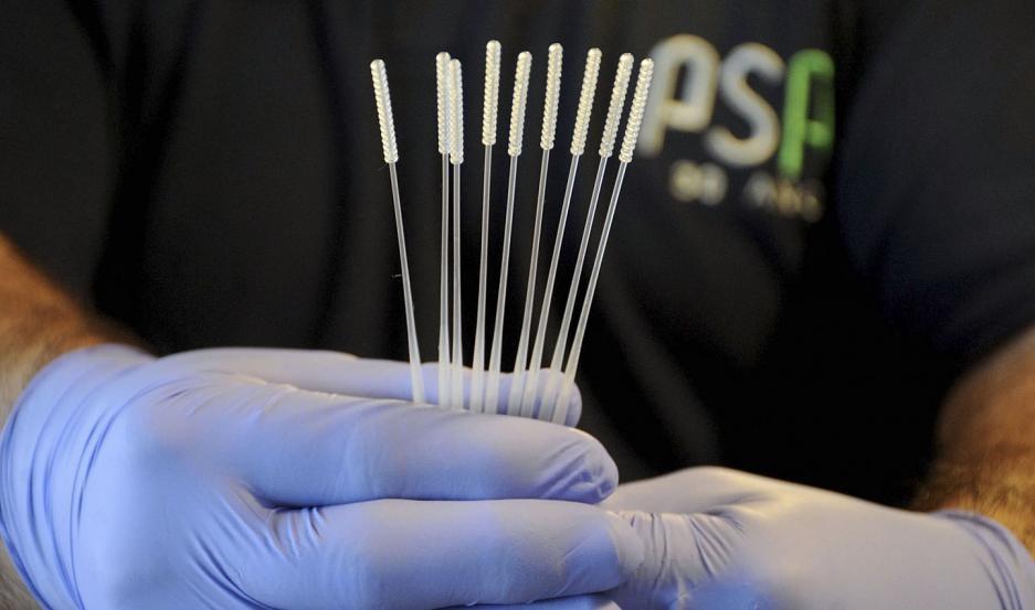Se produce el primer hisopo nasofaríngeo 100% nacional para testear coronavirus