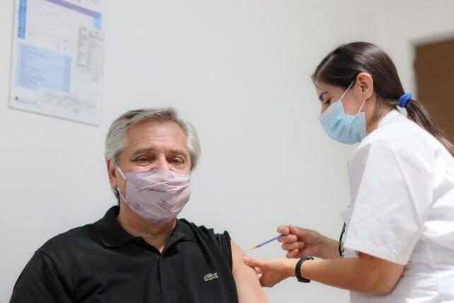 Gobernar es vacunar, aquí y ahora