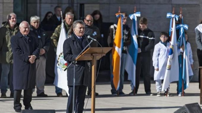 Macri encabezó el acto central del Día de la Bandera.