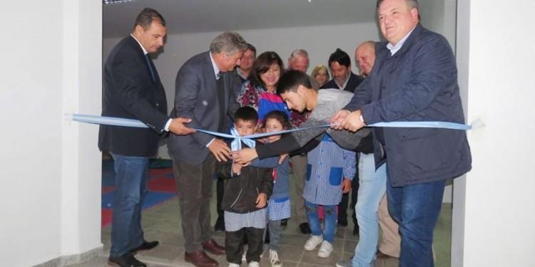 Michlig y Fascendini: Se inauguraron tres nuevas aulas en dos escuelas de la ciudad de Suardi