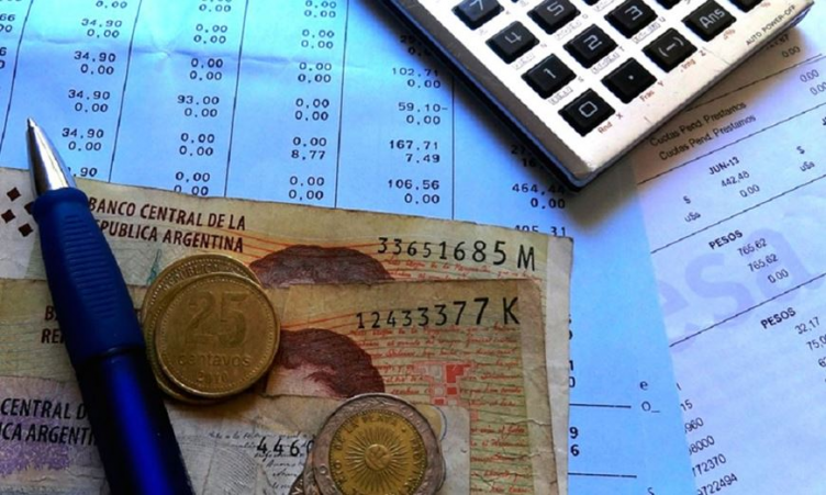 Medio aguinaldo: cuándo se paga y cómo se calcula