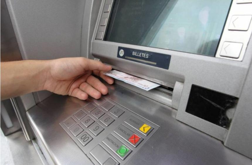 Senadores solicitaron cajeros automáticos móviles para localidades del interior
