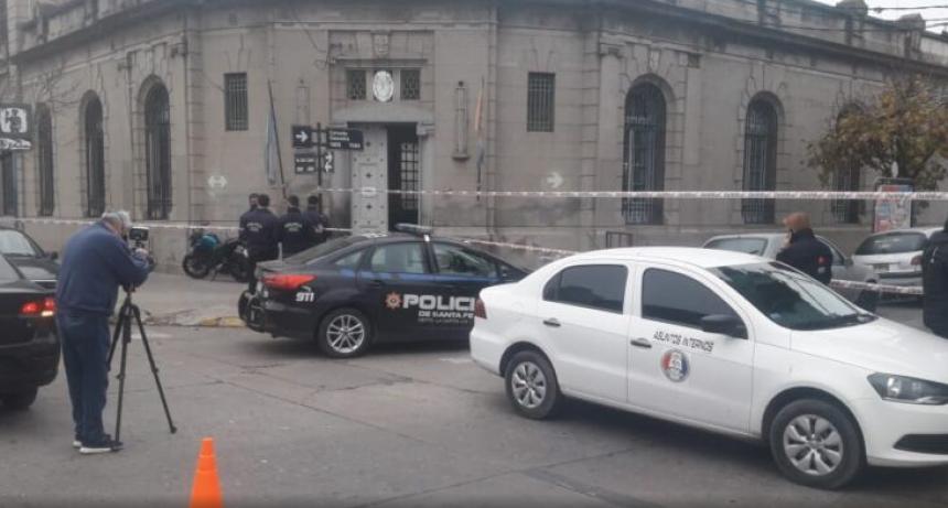 Allanaron una comisaría denunciada de funcionar una cochera clandestina