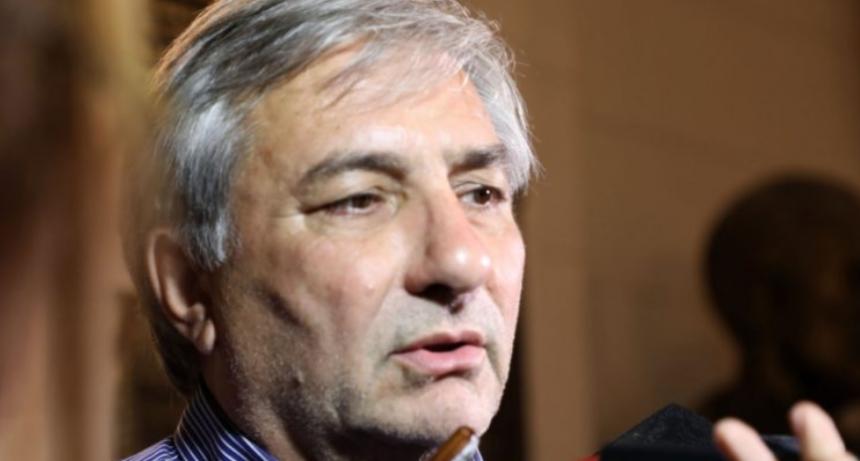La provincia reabrirá las paritarias en julio