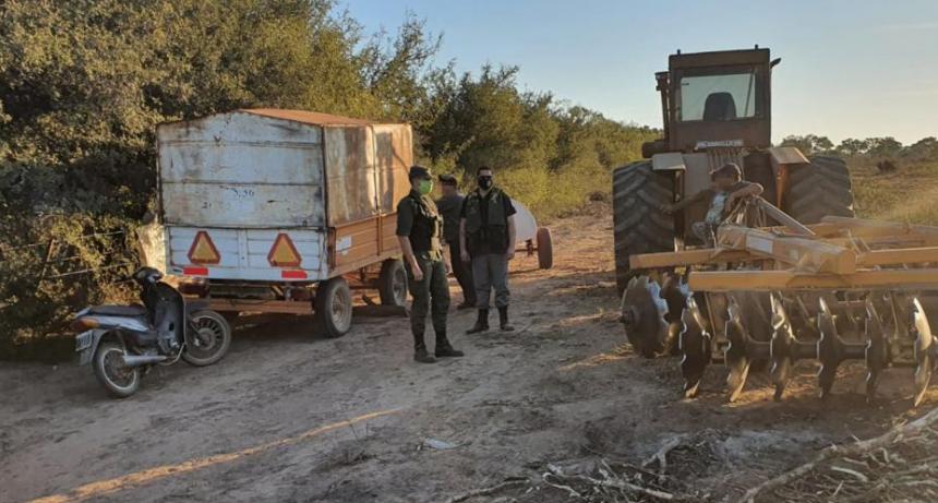 Gendarmería rescató a un adolescente que realizaba tareas rurales en un campo clausurado