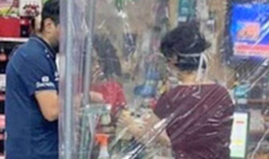 Con baja en ventas de un 20%, cerraron sus puertas 200 supermercados chinos