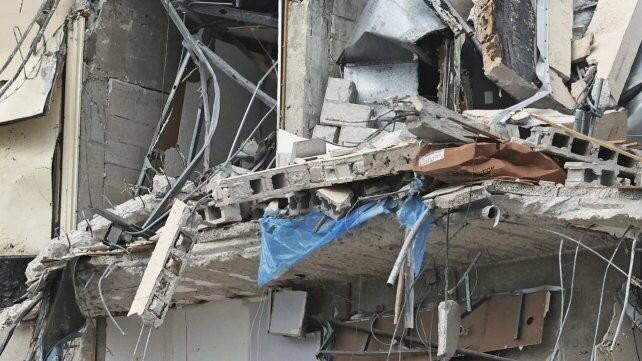 Miami: hallaron con vida a un argentino y buscan a otros nueve en el derrumbe de un edificio