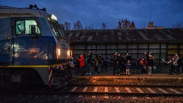 Tras 19 años, Arroyo Seco recuperó su parada del tren que va de Rosario a Retiro