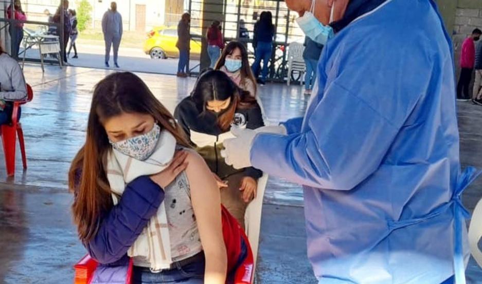 Coronavirus en Santiago: Concluyó en toda la provincia la vacunación a mayores de 18 años