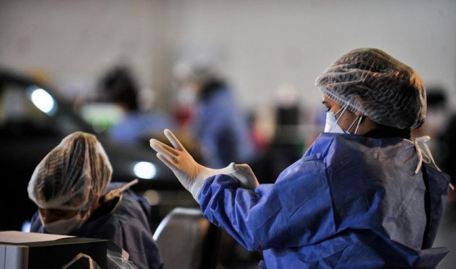 Covid en Santiago: se confirmaron 305 casos nuevos y murieron cinco personas