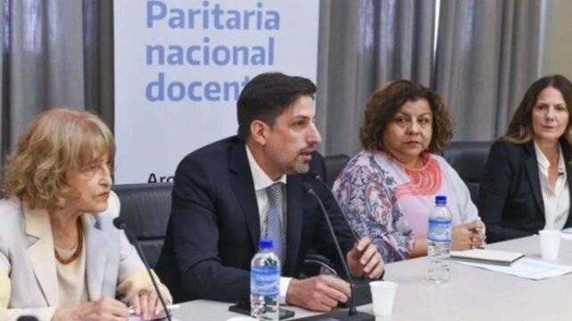 El gobierno nacional convoca a paritarias a los docentes para el próximo 9 de agosto