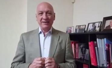 El ex gobernador Antonio Bonfatti salió a arengar a la militancia