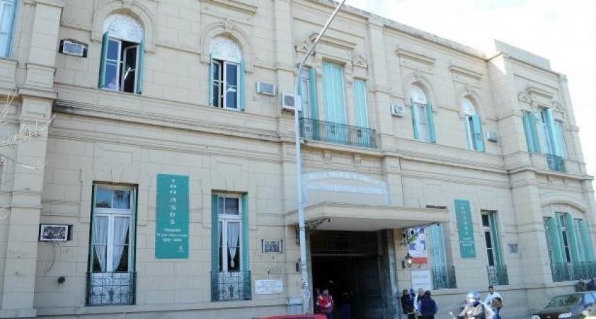 Fallecieron otras cinco personas con Covid en la provincia, una internada hace 15 días en el hospital Cullen