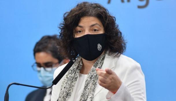 Vizzotti confirmó que el Gobierno estudia aplicar una tercera dosis a grupos específicos