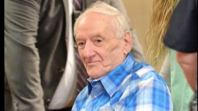 Cometió dos crímenes hace 45 años y lo descubren por la saliva con que selló una carta