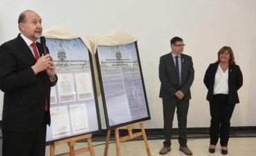 Perotti participó del acto de asunción de autoridades de la Universidad Nacional de Rafaela