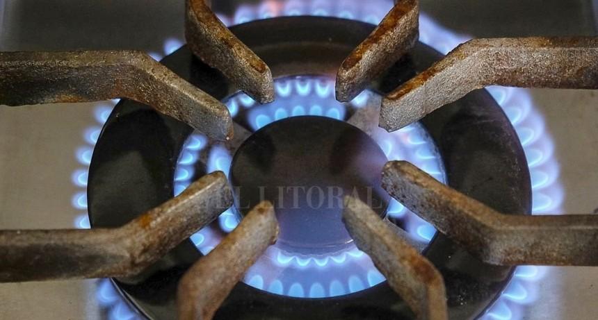 Tarifas de gas: dejan sin efecto bonificación por ahorro y limitan subsidio a tarifa social