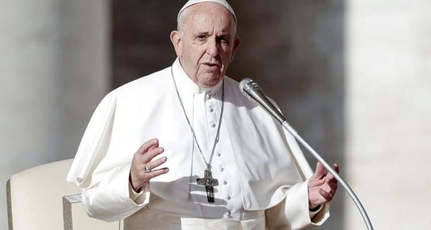 Francisco convoca a un evento global para
