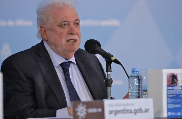 """González García: """"El sistema de salud podría quedar en una situación crítica"""""""