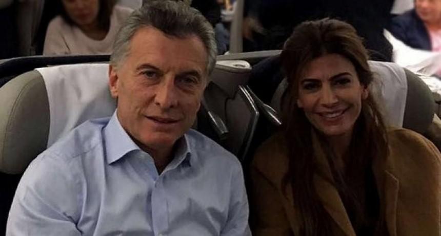 Tras estar de gira un mes en Francia y Suiza, Macri llega este jueves a la Argentina