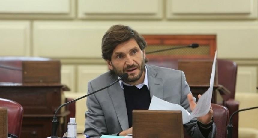 Pullaro pide que el retroceso de fase sea acompañado por ayuda económica