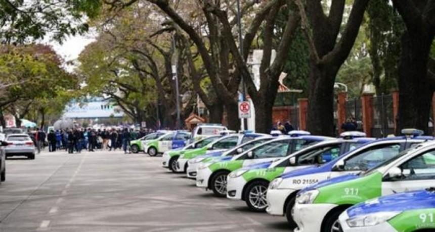 Rechazo del oficialismo y la oposición a la protesta con armas y patrulleros en la Quinta de Olivos