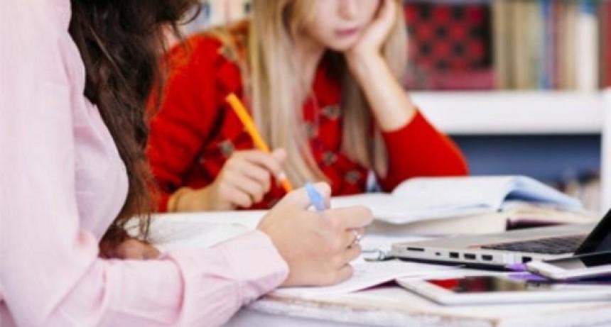 La provincia convoca a terminar la secundaria a jóvenes que abandonaron los estudios