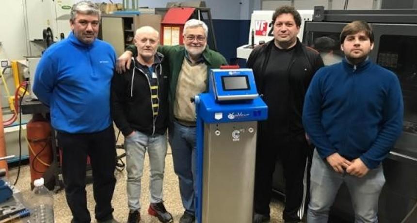 Desarrollo santafesino: En 15 días estarán disponibles los primeros 25 respiradores para pacientes con Covid