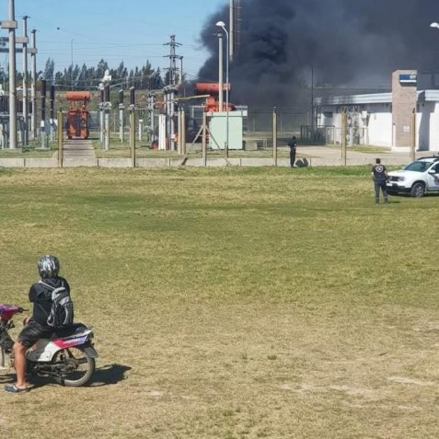 Video: tremenda explosión en estación de la EPE dejó sin luz a Funes y Roldán