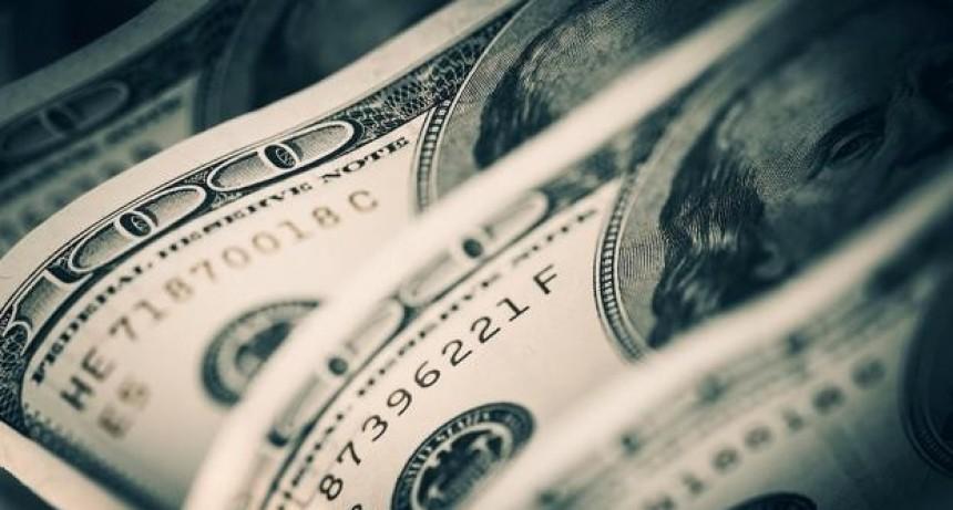 Los bancos vuelven a vender dólares a través del homebanking