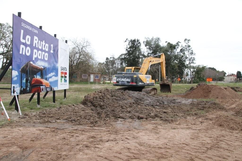Autovía ruta 1: deberán plantar 3.150 árboles, según el pliego de Vialidad