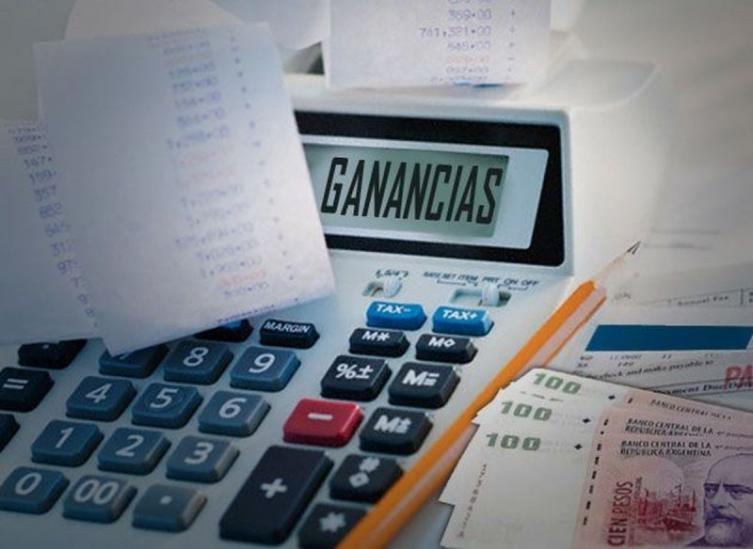 El Gobierno comenzó a devolverles a las provincias los fondos de IVA y Ganancias