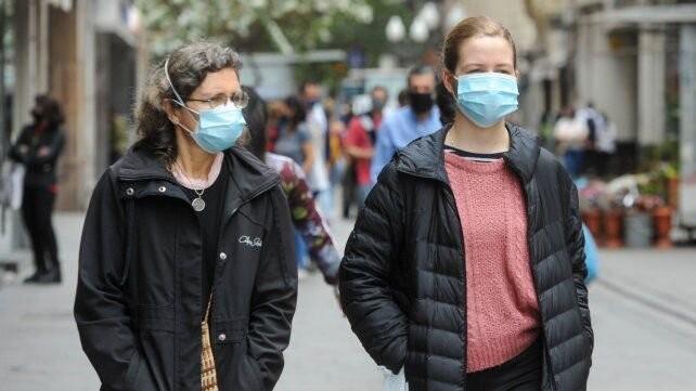 Hubo 2.015 nuevos contagios en la provincia, 1.041 de ellos en Rosario