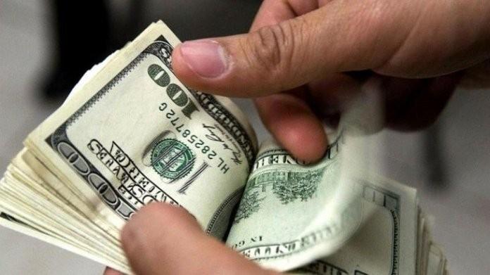 Al menos 65 por ciento de las operaciones para comprar dólares fueron rechazadas