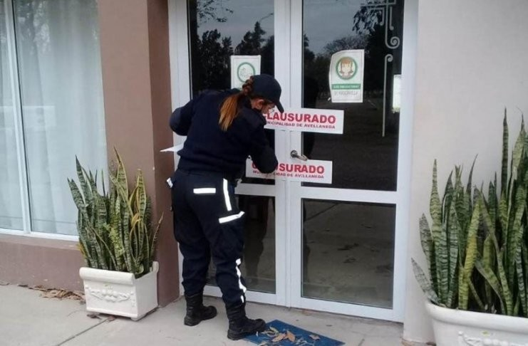 Clausuraron un comedor de Avellaneda por casos positivos de COVID-19