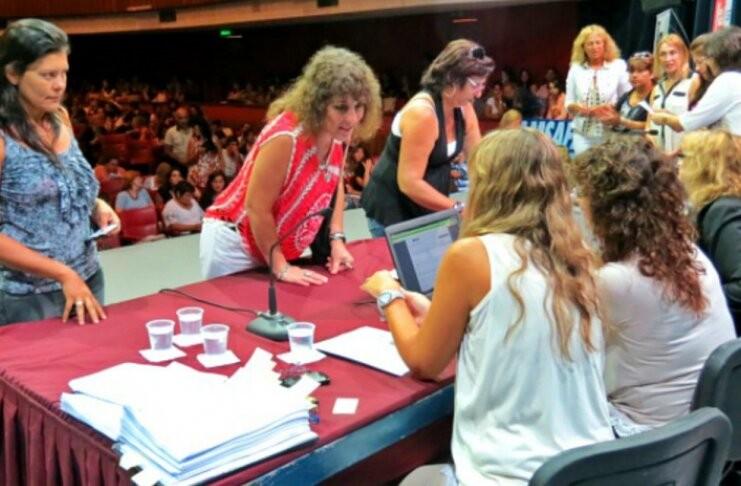 Por primera vez, los concursos docentes se realizarán online