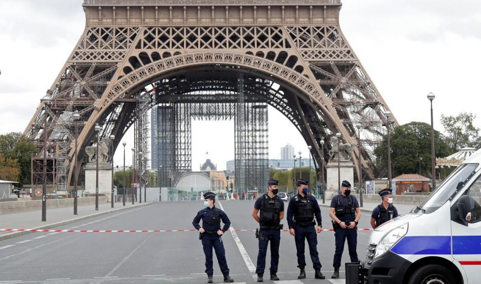 Francia decreta otra vez la emergencia sanitaria y un toque de queda nocturno desde este sábado
