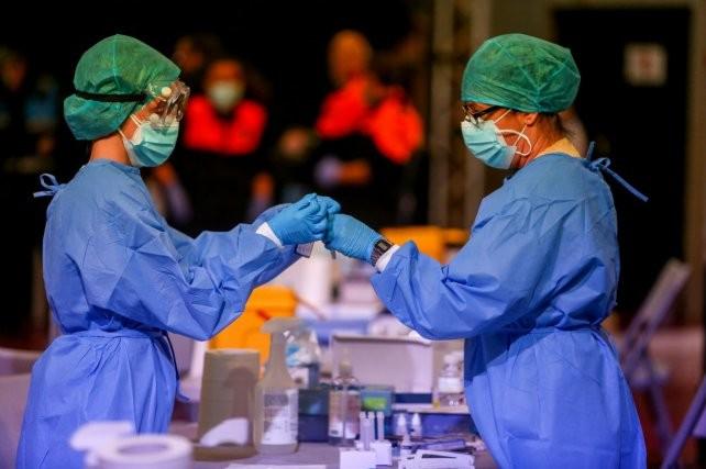 Coronavirus: la provincia notificó 2.536 casos nuevos, 923 de los cuales son de Rosario