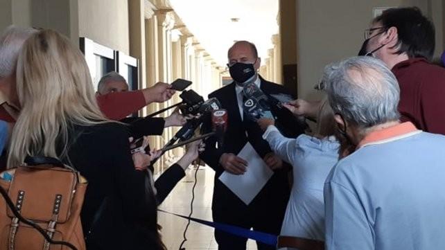 Sin dar nombres, Perotti adelantó en Santa Fe que planea cambios en el gabinete