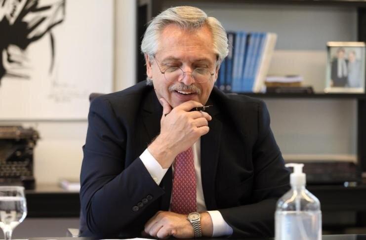 """Alberto Fernández: """"Los que esperan una devaluación, se van a quedar esperando"""""""