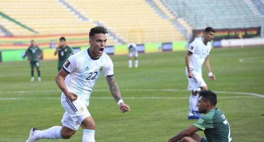 Argentina le ganó a Bolivia en la altura de La Paz y es líder de las Eliminatorias