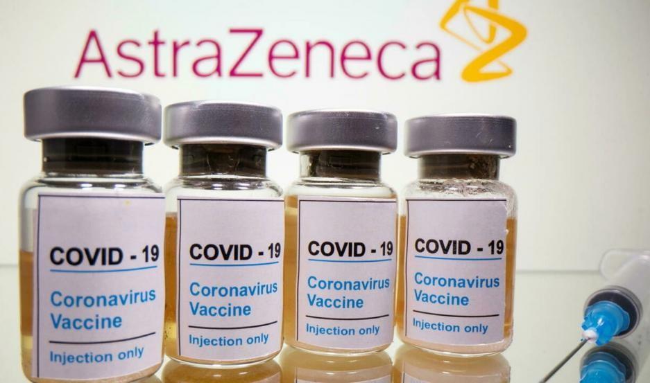 AstraZeneca anunció un fármaco contra el coronavirus que redujo al 67% los casos graves