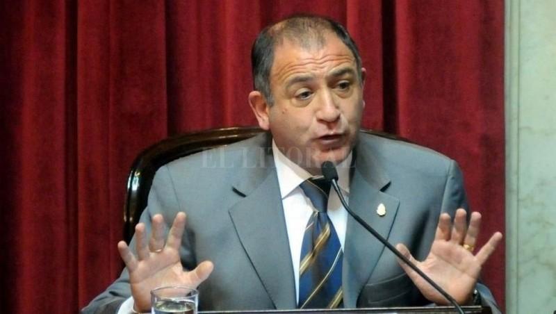 Desplazaron a Luis Juez de la embajada de Ecuador