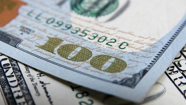 Tercera baja consecutiva para el dólar en la City porteña