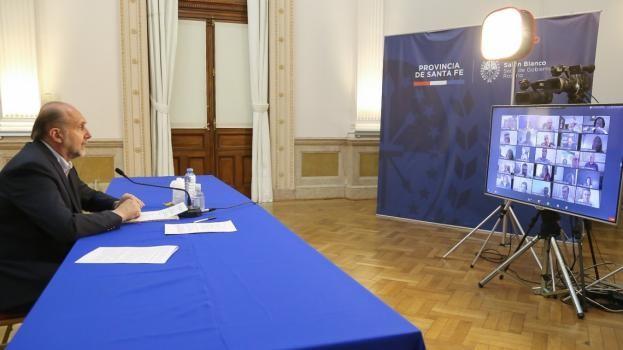 """Perotti en el congreso de Carsfe: """"Ustedes son un puntal para poner de pie a la provincia de Santa Fe"""""""